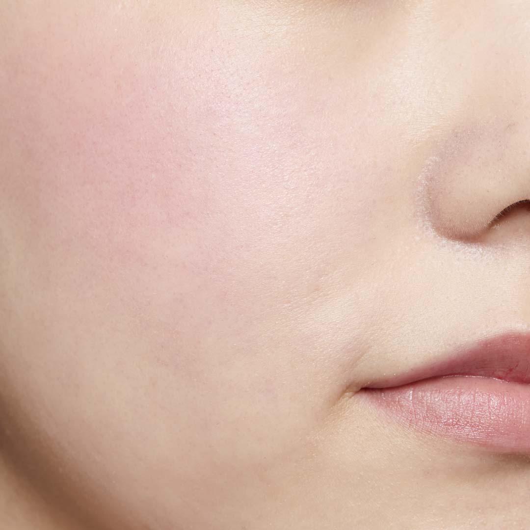 鮮やか発色で色持ちも◎ ジュワッと火照った頬を演出するピンクチークに関する画像16