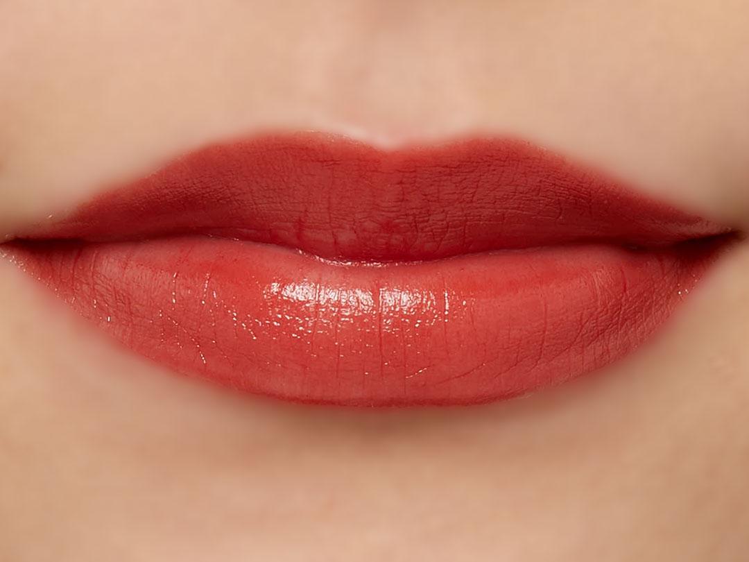 高発色、高保湿の万能リップ『グレイズバームリップ』のGB01 レッドガーネットをご紹介に関する画像30