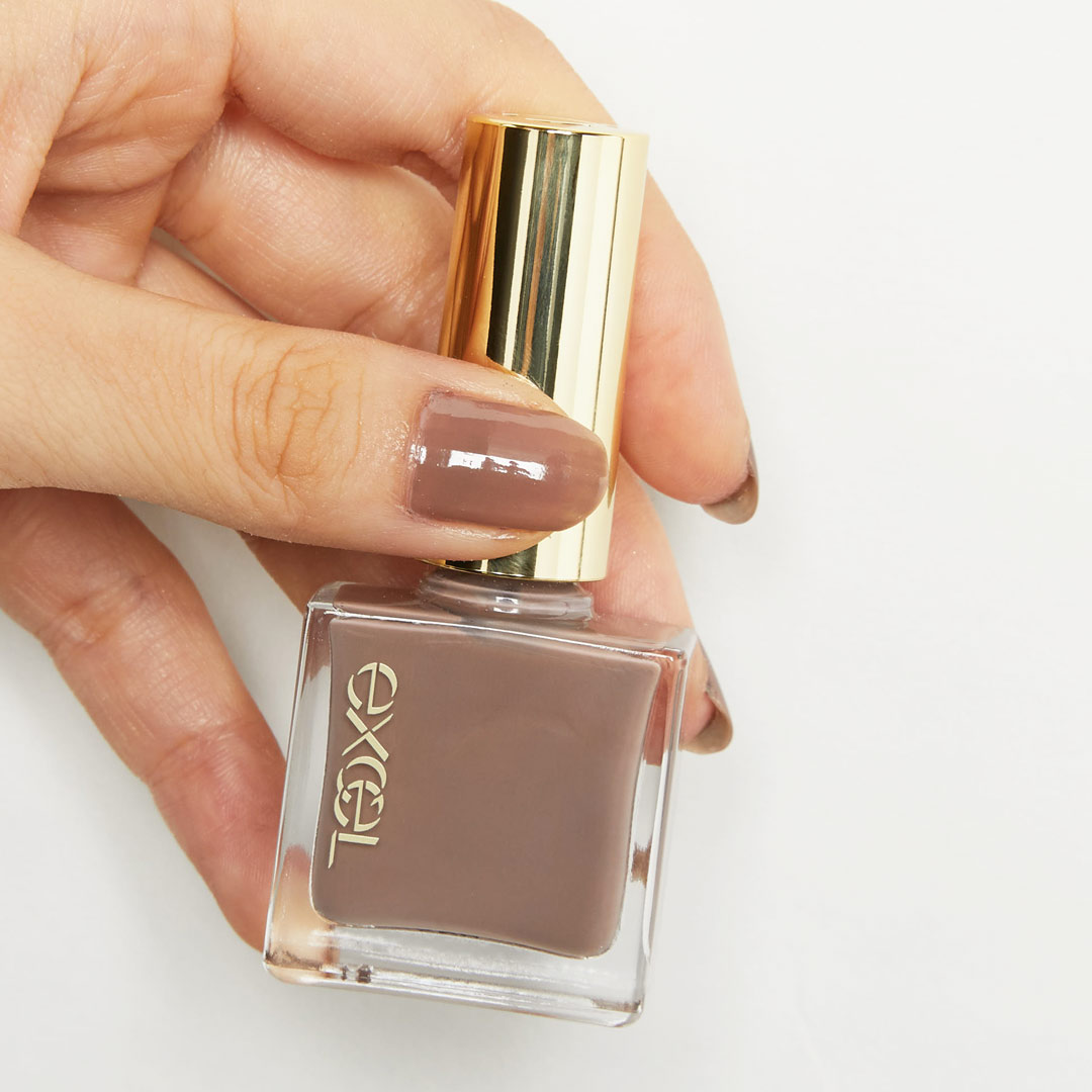 手が綺麗に見える!?使いやすいニュアンスカラーでお洒落な指先に! 透明感のあるブラウンカラー、アールグレイをご紹介に関する画像6