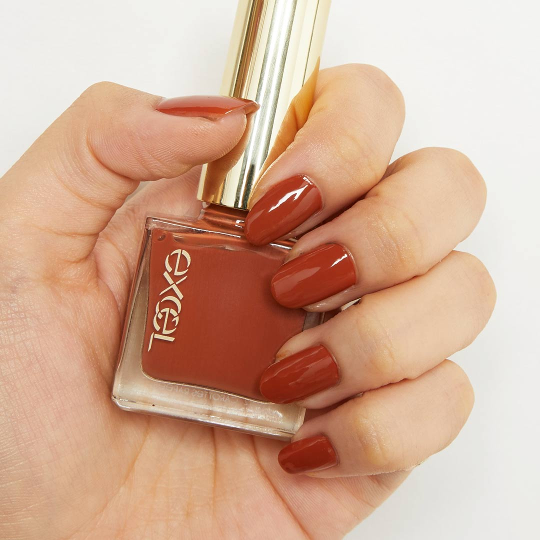 手が綺麗に見える!?使いやすいニュアンスカラーでお洒落な指先に! ほんわり血色感を与えてくれるフラワークラウンをご紹介に関する画像42