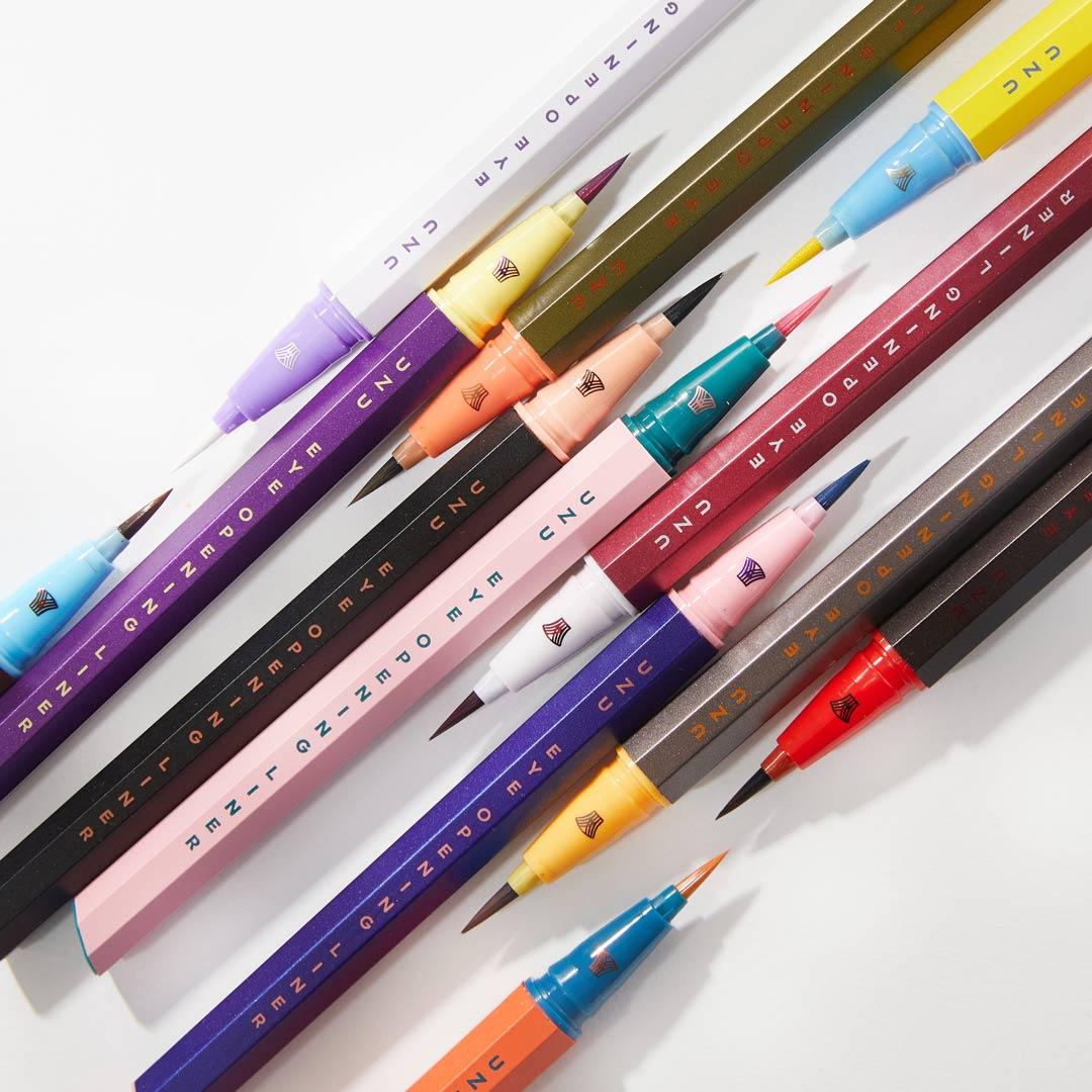 定番カラーから珍しいカラーまで揃ってる UZU BY FLOWFUSHI(ウズバイフローフシ)『アイオープニングライナー ブラウンブラック』の使用感レポ!に関する画像1