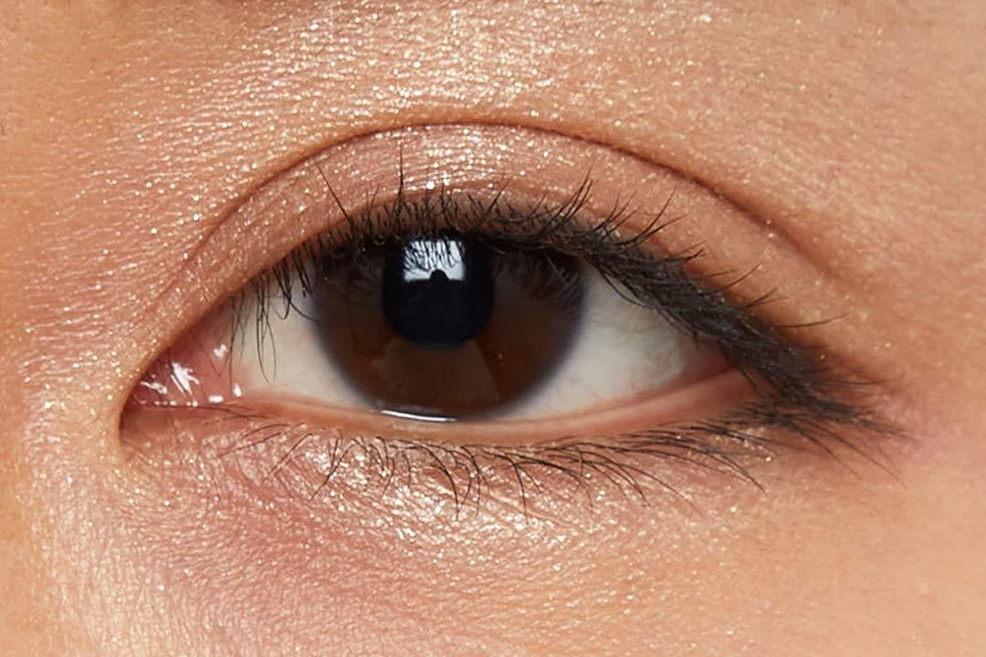 偏光パールで上品な煌めき!柔らかいピンクにブルーの輝きを秘めたハレーションをご紹介に関する画像20