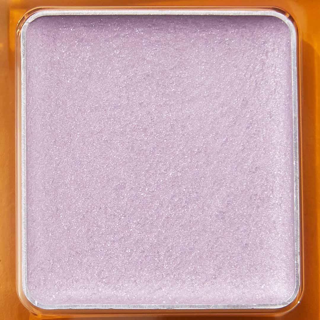 偏光パールで上品な煌めき!柔らかいピンクにブルーの輝きを秘めたハレーションをご紹介に関する画像24