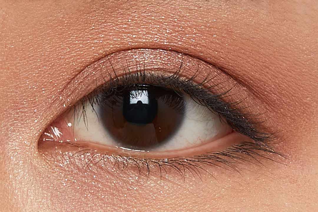 偏光パールで上品な煌めき!柔らかいピンクにブルーの輝きを秘めたハレーションをご紹介に関する画像40