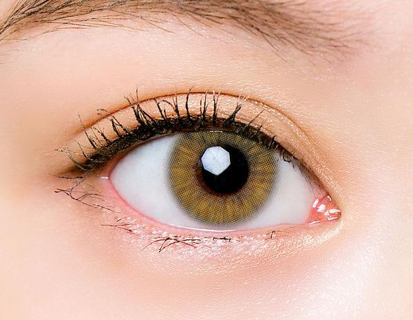 フォトジェニックカラコンでおしゃれな瞳を演出! CHOUCHOUワンデーのオリーブをご紹介に関する画像26