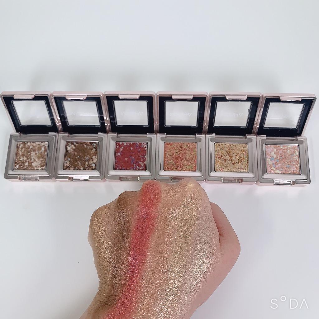 韓国コスメ「ミシャ グリッタープリズム シャドウ」から日本限定カラーが登場!ブルベさん向きブラウンGBR01のご紹介に関する画像4