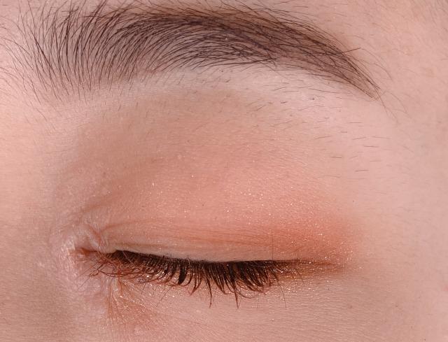 どの色も本当に使えるイエベ大歓喜な10色!温かみのあるブラウンアイシャドウパレットに関する画像14