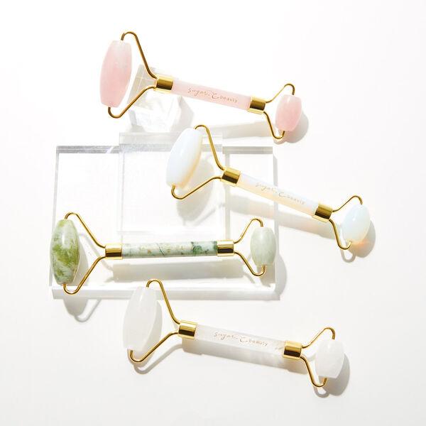 天然石で美顔マッサージ! sugar.C beauty(シュガーシービューティー)『クォーツフェイシャルローラー 水晶』をレポに関する画像1