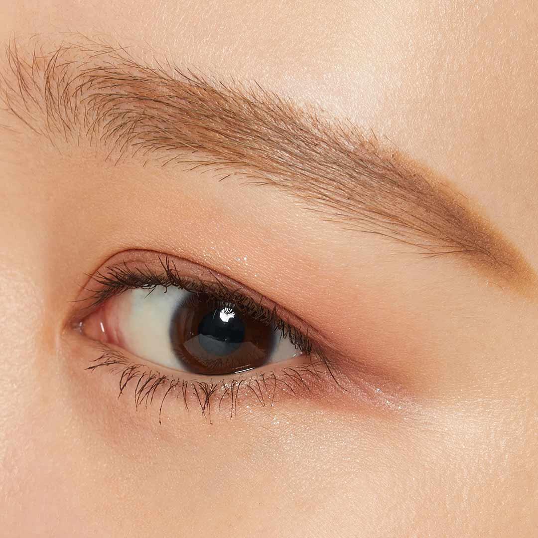 くすみカラーに心躍る...♡ 大人気の韓国ブランド ロムアンド『ベターザンアイズ M03 ドライアップルブロッサム』をご紹介に関する画像1
