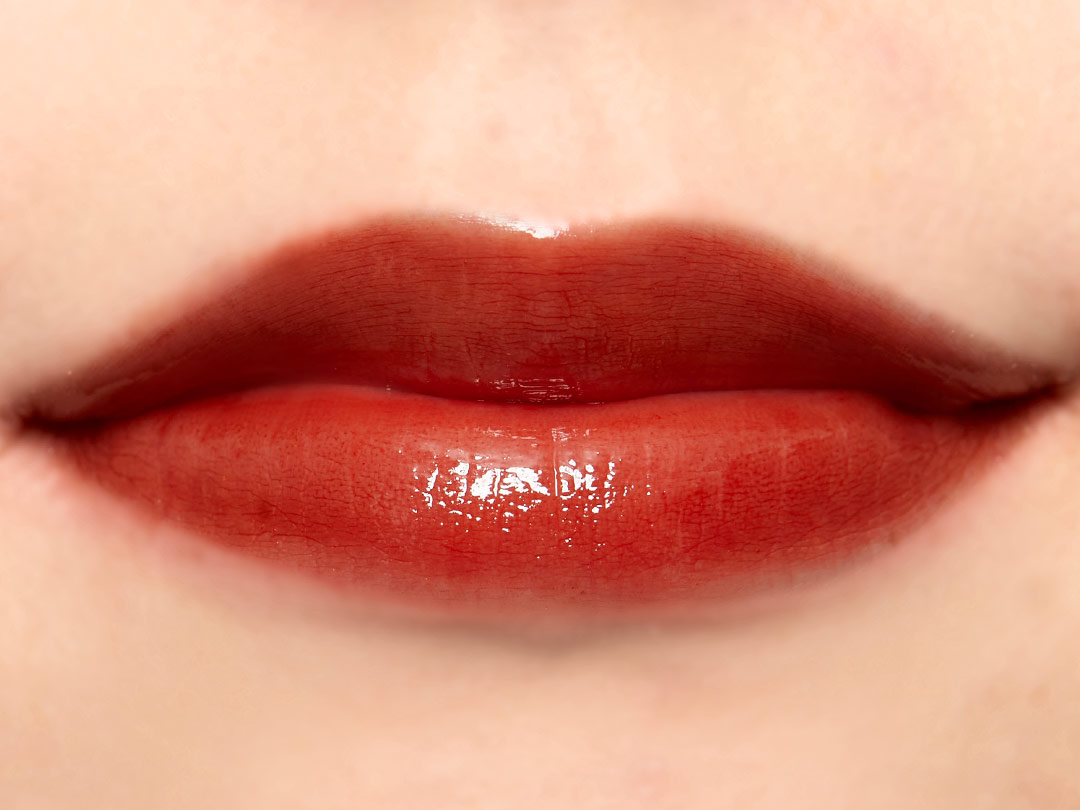 これ以上ない透明感! ガラスのように透けるrom&nd(ロムアンド)の『グラスティングウォーターティント 03 ブリックリバー』をご紹介に関する画像31