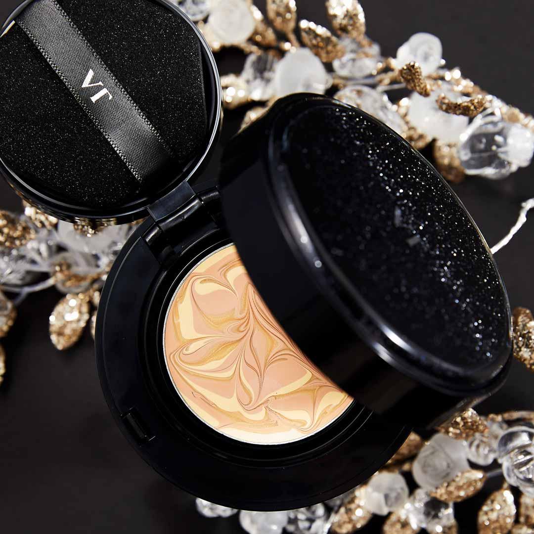 VT cosmetics(ブイティー コスメティックス)『プログロスコラーゲンパクト BLACK21 ライトベージュ』の使用感をレポ!に関する画像1