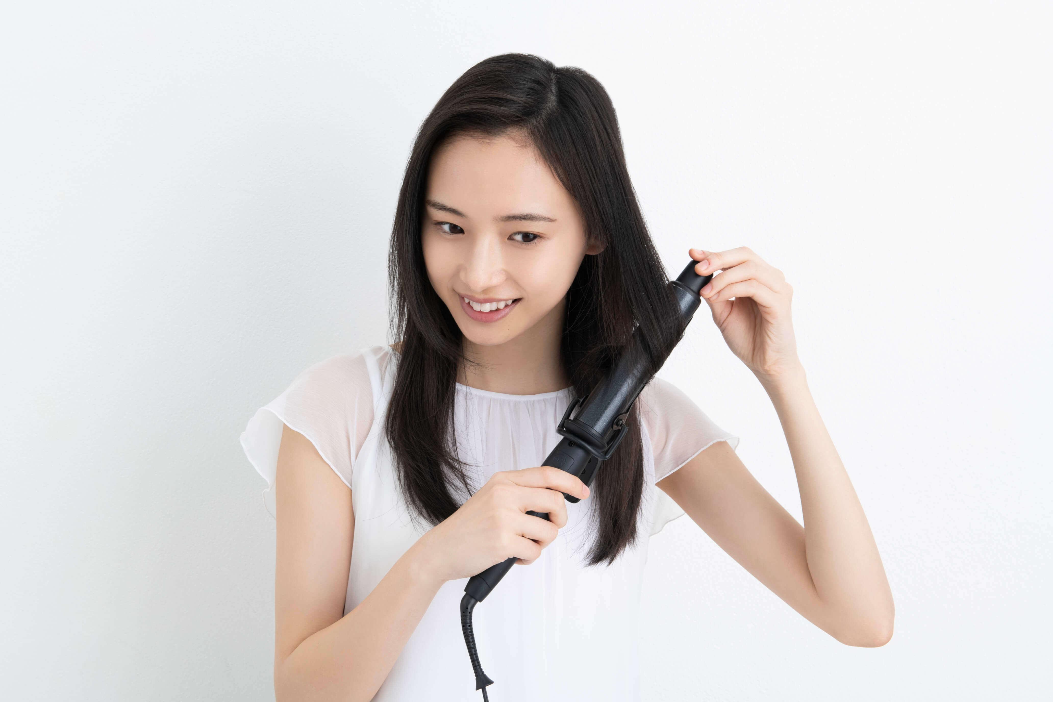 愛用者1,000名以上の声をもとにリニューアル!! ヘアアイロンの熱で傷んだ髪に。補修成分入り サラサラヘアオイル !!に関する画像19