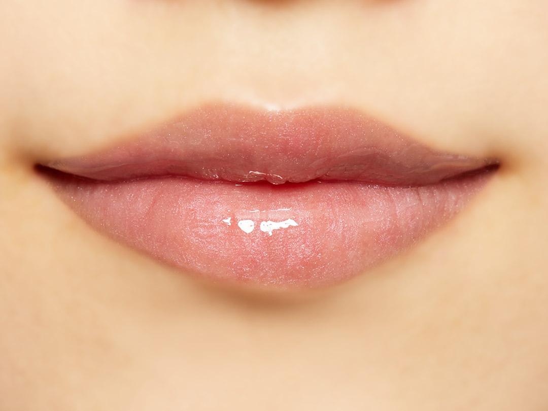 潤いたっぷりのふっくら唇に Lipaddict 211 エアーキッスに関する画像43