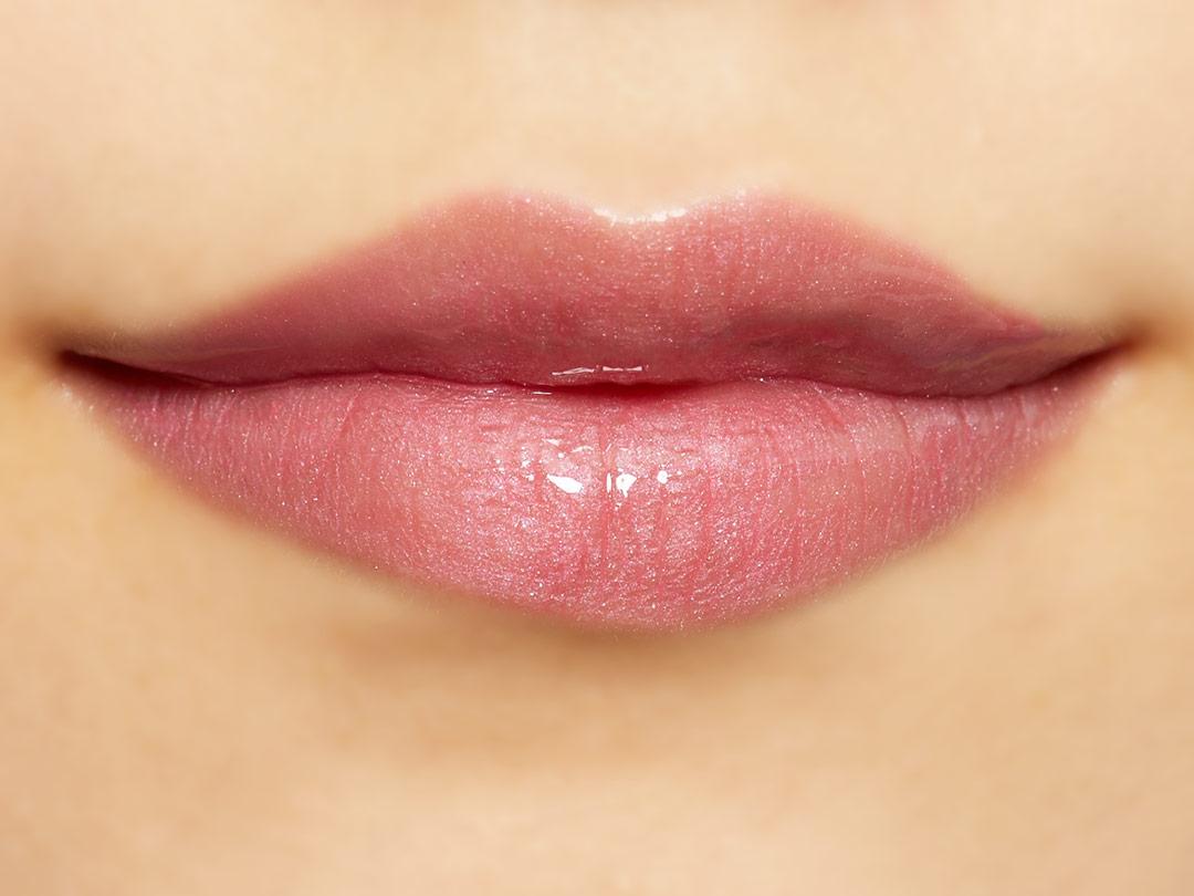 潤いたっぷりのふっくら唇に Lipaddict 212 ピンクシュガーに関する画像37