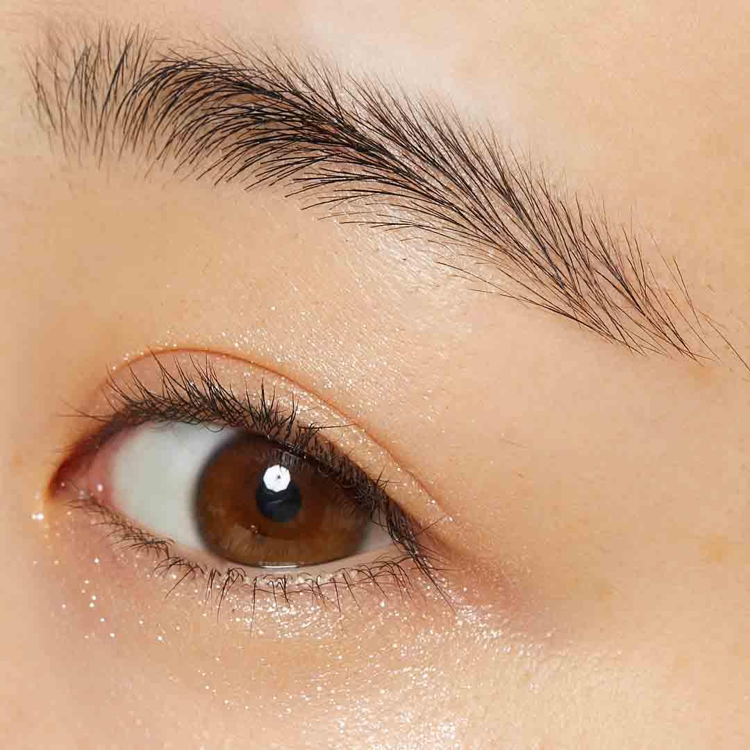 ロムアンド グリッターシャドウで魅惑的なきらめきをあなたの瞳にに関する画像7