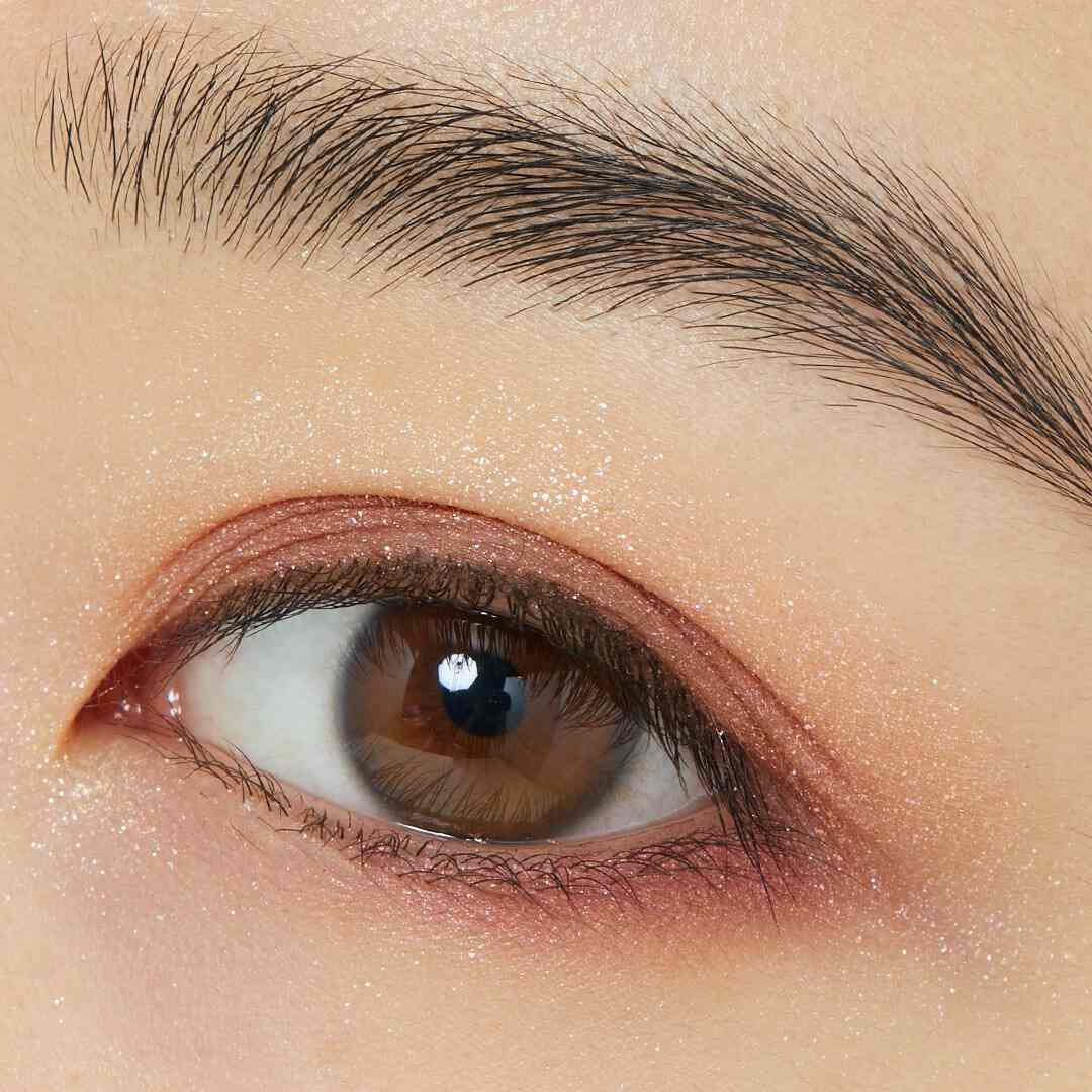 圧倒的な存在感のラメ♡ CLIO『プリズムエアアイパレット 02 ピンクアディクト』をレポ!に関する画像9