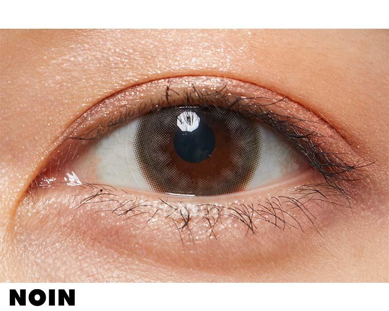 裸眼に馴染むグレージュカラコンで透明感のある瞳にに関する画像7
