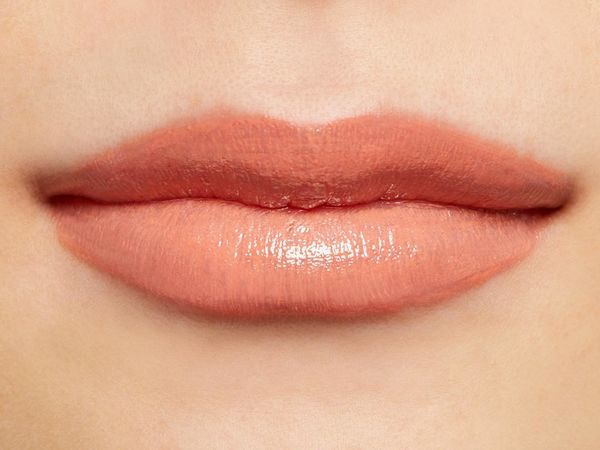 唇からオシャレを楽しむフジコのミニウォータリールージュ08 TOKYO PINK/[恋せよ]東京ピンクに関する画像13