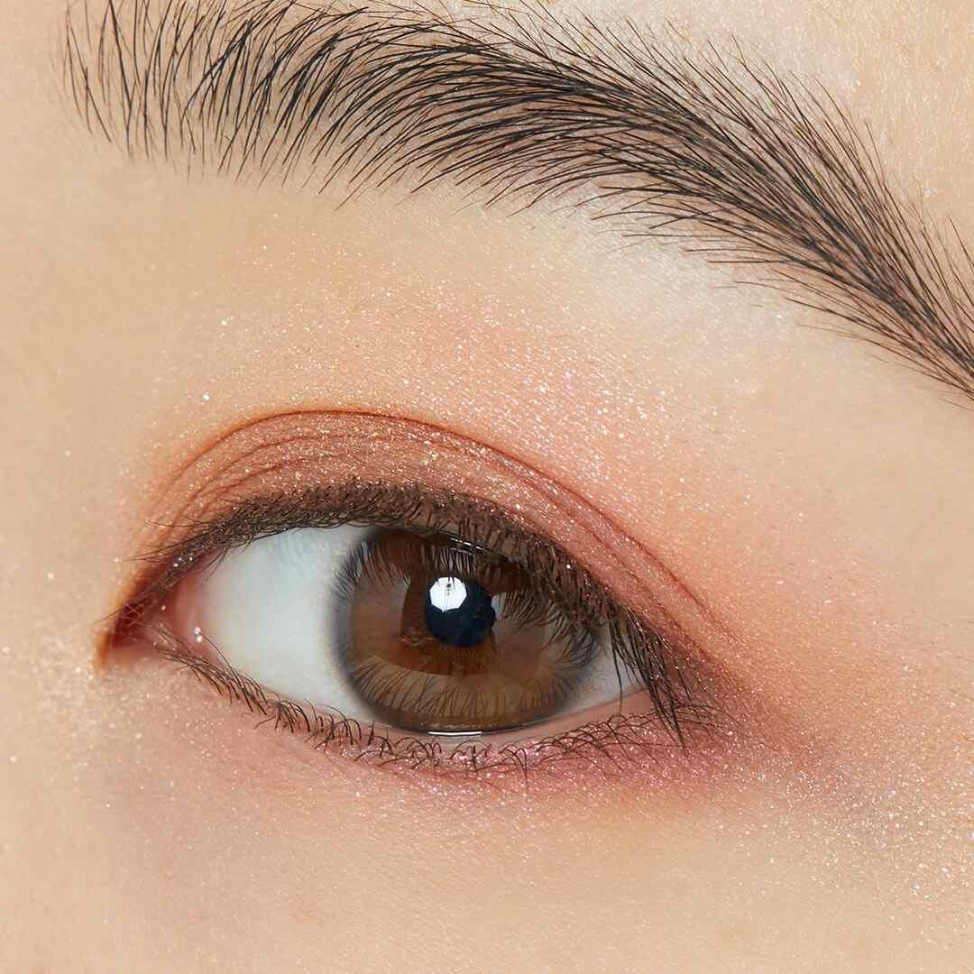 瞳にきらめきを♡ CLIO『プリズムエアアイパレット 01 コーラルスパークル』をレポ!に関する画像12