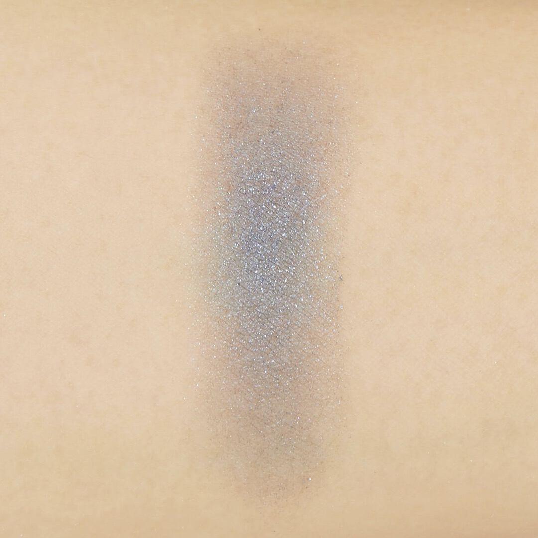 Celvoke(セルヴォーク)『ヴォランタリーアイズ 21 ディープブルー 』の使用感をレポ!に関する画像12