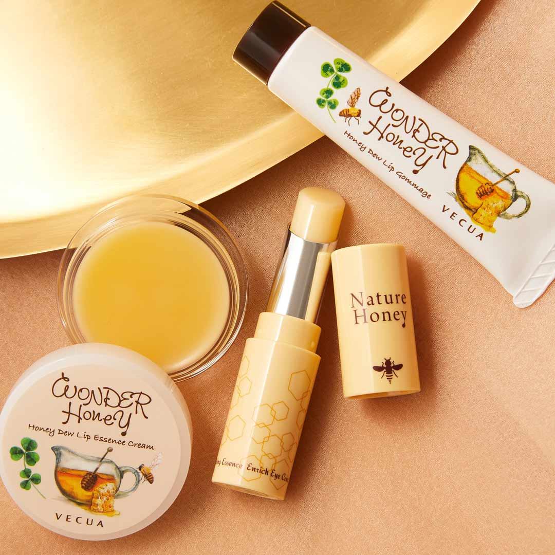VECUA Honey(べキュアハニー)『ワンダーハニー 唇蜜バーム』をレポ!に関する画像1