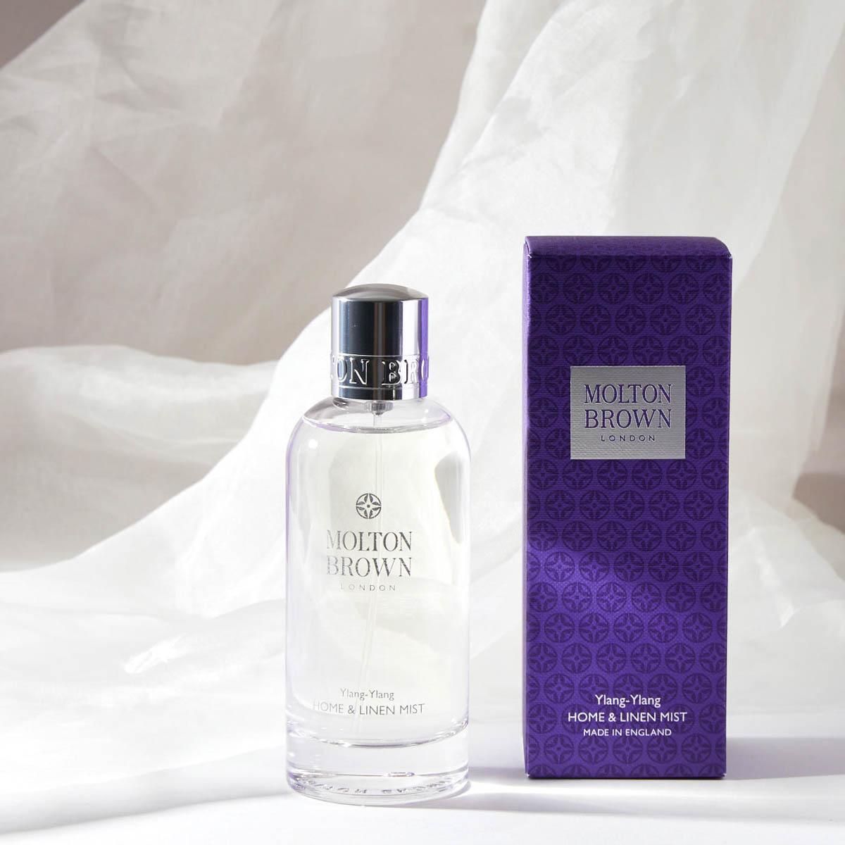 高級感あふれるロマンチックな香りのMOLTON BROWN(モルトンブラウン)『イランイラン ホーム&リネンミスト』の使用感をレポに関する画像1