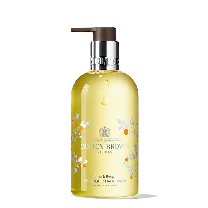 リッチな気分で手肌を洗えるMOLTON BROWN(モルトンブラウン)『オレンジ&ベルガモット ハンドウォッシュ』の使用感をレポに関する画像1
