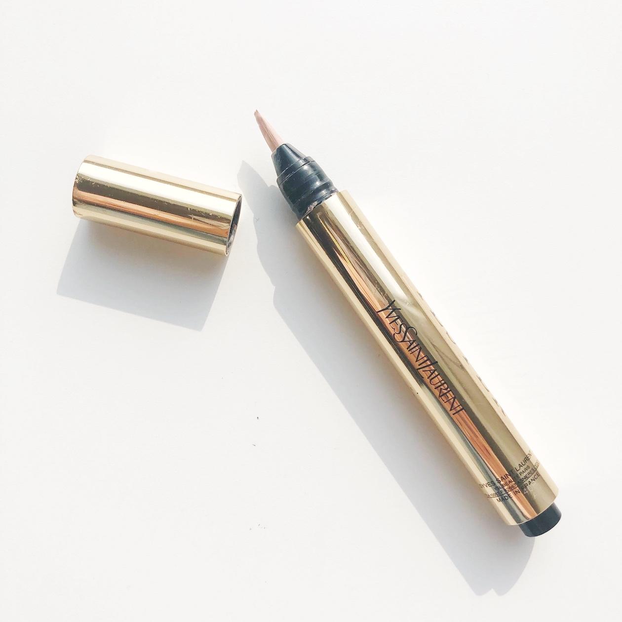 言わずと知れた名品!「魔法の筆ペン」イヴ・サンローラン ラディアントタッチはハイライト効果も抜群な万能コンシーラーに関する画像1
