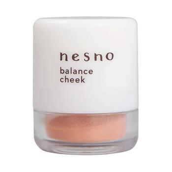 nesno(ネスノ)『バランスチーク 01 ブライトオレンジ』の使用感をレポに関する画像1
