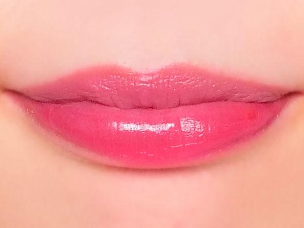 どんなシーンでも使いやすい、ローズピンクのティントリップに関する画像11