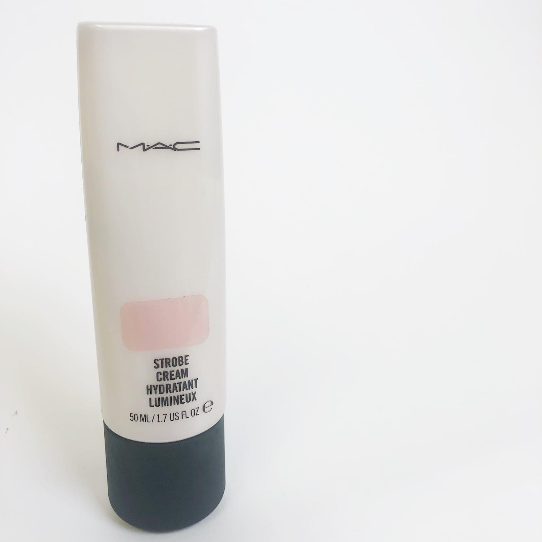 M・A・C ストロボクリーム ピンクライト 保湿しながらツヤ肌を叶えるベストセラー化粧下地に関する画像1