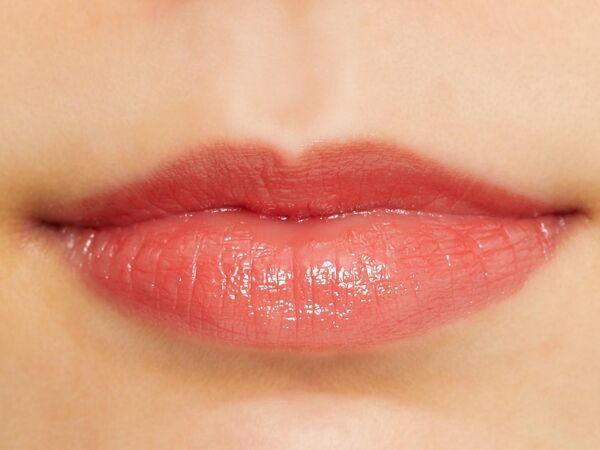 健康的な唇に仕上がるCANMAKE(キャンメイク)『ステイオンバームルージュ 03 タイニースウィートピー』をご紹介に関する画像5