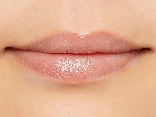 ガサガサ唇もしっとりケア! ドクターハウシュカのリップケアスティックをレポに関する画像4
