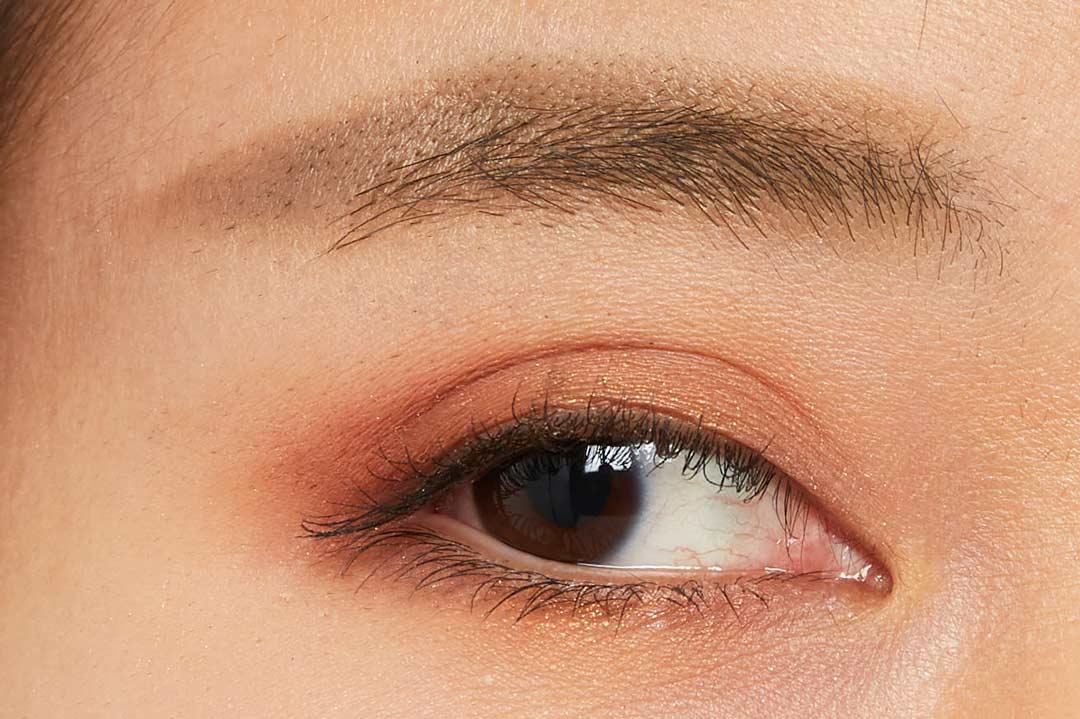 自分に合うカラーの眉に簡単チェンジ!明るい髪色の方におすすめのライトブラウンをご紹介に関する画像11