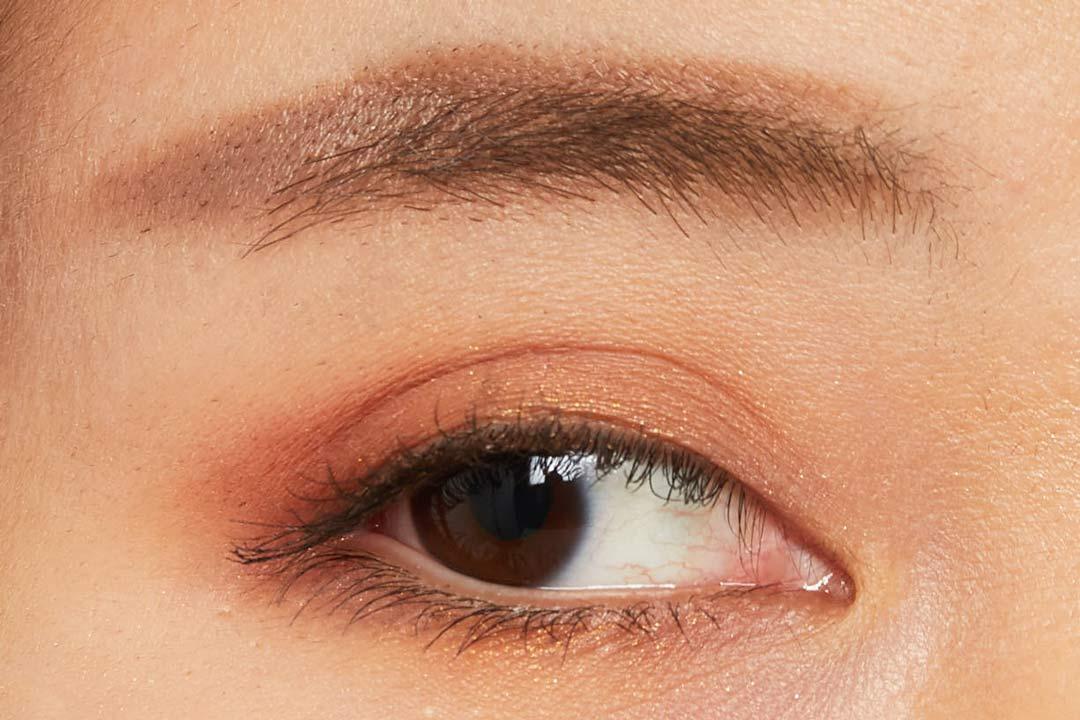 自分に合うカラーの眉に簡単チェンジ!優しく柔らかい印象のピンクブラウンをご紹介に関する画像11