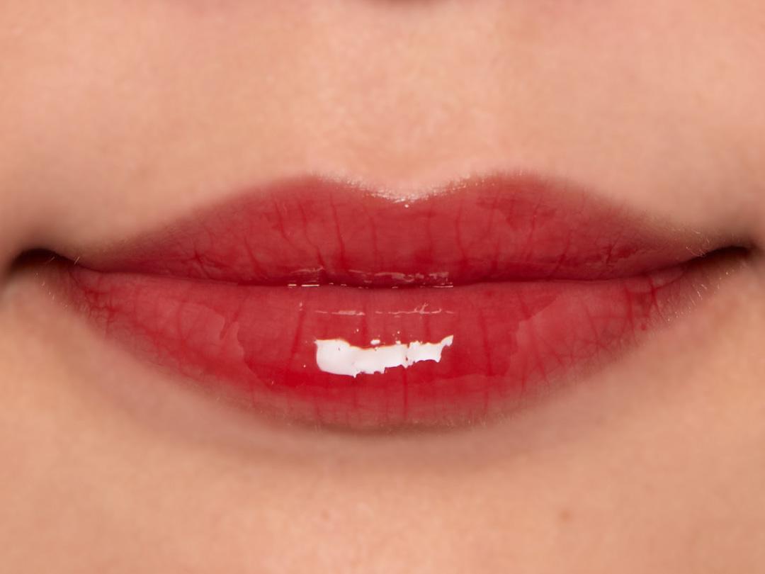 ケアしながらジュワッと染まる美容オイルリップを全色レビューに関する画像26