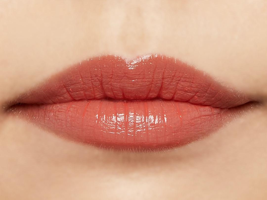 自然なツヤ感&ぷっくりリップで思わずkissしたくなる唇に♡ ヘルシーなメイクにぴったりのアプリコットオレンジをご紹介に関する画像11