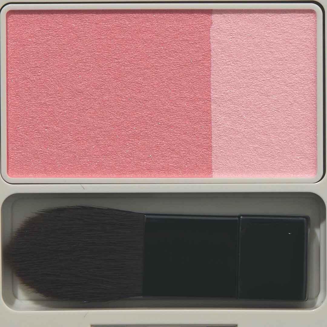 ナチュラグラッセ 『ナチュラグラッセ チークブラッシュ 01 ピンク』をレポに関する画像5