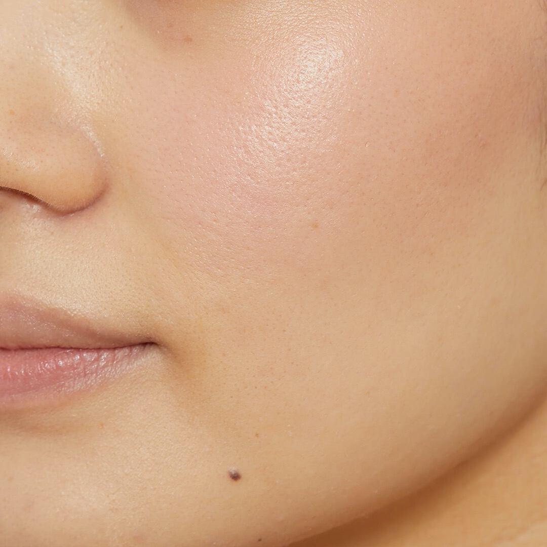 絶妙カラーがとってもかわいい♡ MiMCのチークでツヤ感のある自然な肌に!の画像