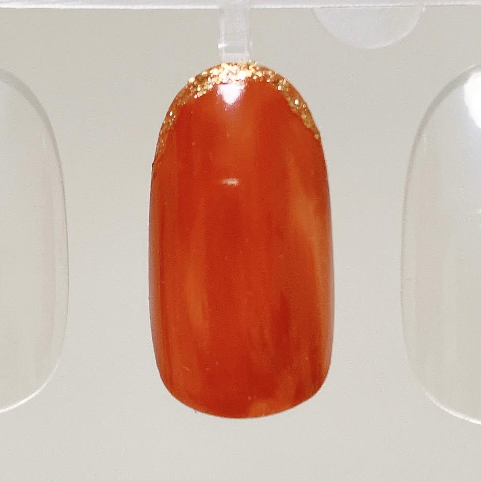 夏のおすすめのネイルカラー5選とシンプルなネイルデザイン5選紹介の画像