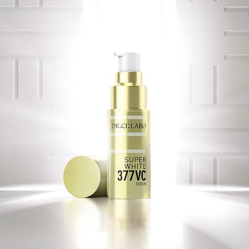 ビタミンC美容液の人気おすすめランキング! 毛穴やニキビ跡への効果もレビューの画像