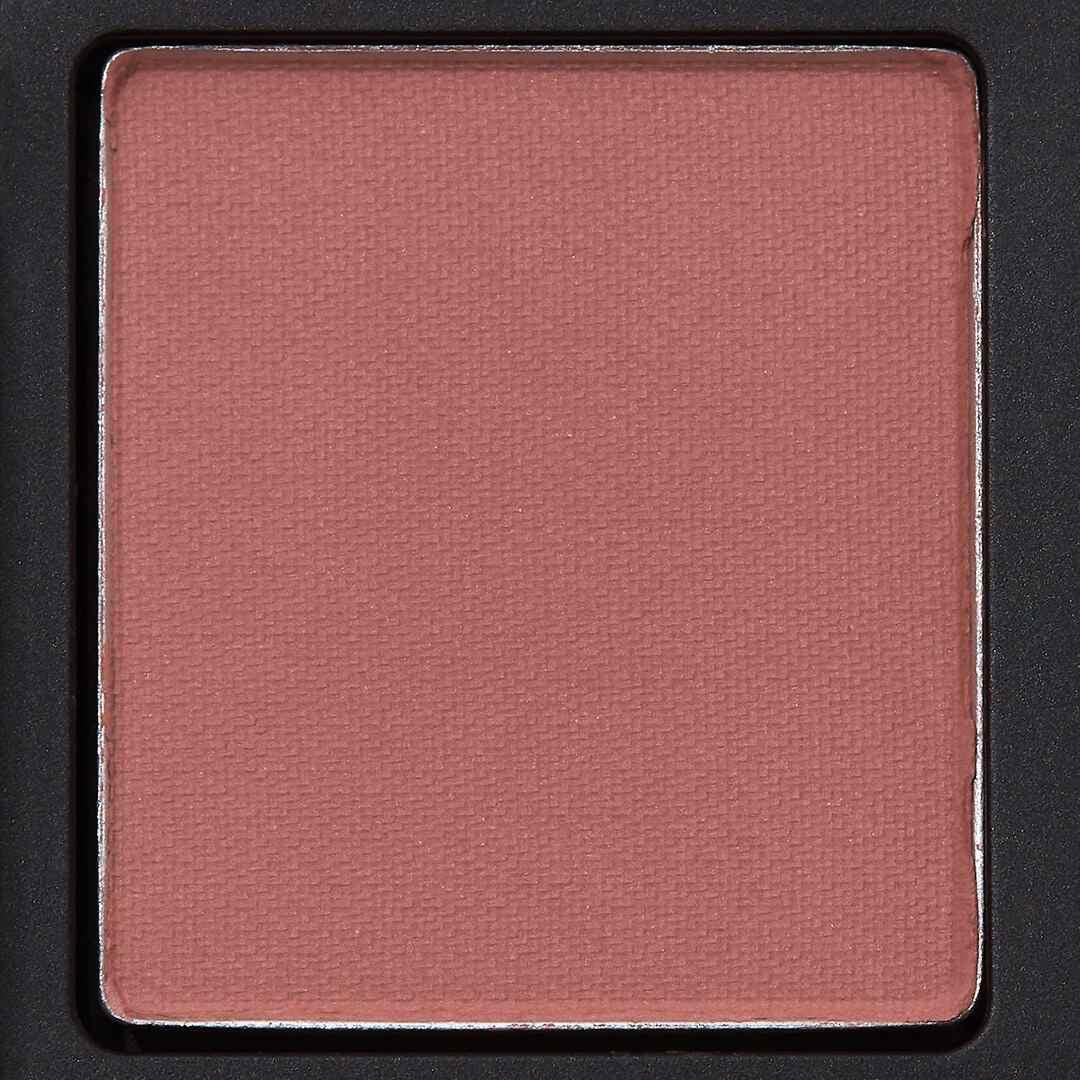 マットアイシャドウの塗り方とおすすめの商品10選紹介の画像