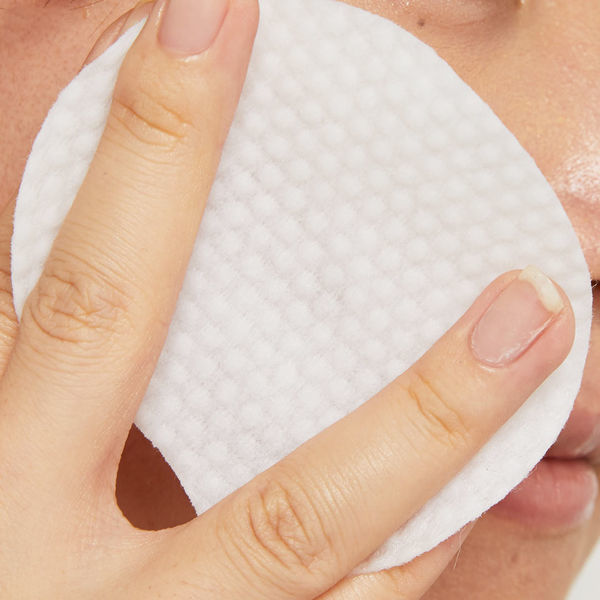 洗顔とクレンジングの違いって何?正しい洗顔方法やクレンジング方法徹底伝授の画像